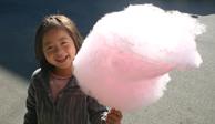 可愛い薄ピンク色のイチゴ味綿菓子~ ♪(^_^)