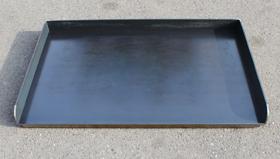 【厚さ9ミリの黒皮鉄板】